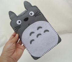 Felt Totoro eReader Case by Yasmin Minh iphone diy wrapper Handmade Felt, Felt Diy, Felt Crafts, Diy Crafts, Felt Phone Cases, Felt Case, Pochette Portable, Diy Sac, Kindle Case