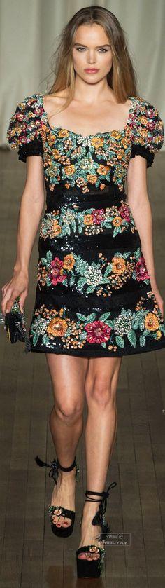 Marchesa.Spring Summer 2015. There's my dress again @lourdes1!!