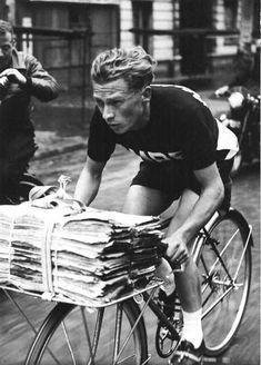 """drizzleandahurricane:    """"Critérium Des Porteurs de Journaux"""" (1951)"""