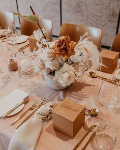 Beige Wedding, Floral Wedding, Fall Wedding, Our Wedding, Wedding Flowers, Wedding Venues, Dream Wedding, Round Wedding Tables, Wedding Table Settings