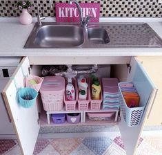 40 Small Kitchen Remodel and Amazing Storage Hacks on A Budget ⋆ aviatech.xyz 40 Small Kitchen Remodel and Amazing Storage Hacks on A Budget ⋆ aviatech. Kitchen Sink Organization, Sink Organizer, Home Organisation, Organization Ideas, Kitchen Storage Hacks, Kitchen Cleaning, Bathroom Storage, Kitchen Layout, New Kitchen