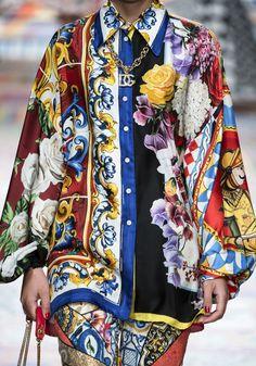 Blusen-Trends vom Runway: Diese Modelle trägt man im Sommer 2021 Gucci Fashion, Star Fashion, Couture Fashion, Fashion Show, High Fashion, Fashion Outfits, Fashion Week Paris, Women's Summer Fashion, Denim Look
