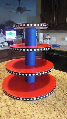 DIY cake and/or cupcake stand...