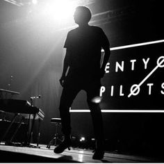 sophie ashby ❤ liked on Polyvore featuring pictures, twenty one pilots, filler, tumblr and backgrounds