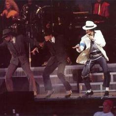 Community | The Official Michael Jackson Site