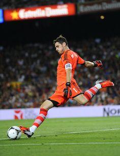 Iker Casillas - Barcelona v Real Madrid - Supercopa