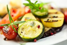 Kathie Lee & Hoda share the kitchen with Karine Bakhoum as she shares Moroccan Cumin Carrot Salad & Grilled Zucchini with Fresh Mint recipes Grilled Squash, Grilled Fruit, Grilled Zucchini, Zucchini Pasta, Grilled Vegetables, Recipe Zucchini, Zucchini Squash, Mint Recipes, Raw Food Recipes