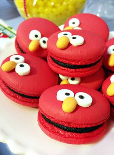 Elmo Macarons and Other Awesome Elmo Kids Party Ideas