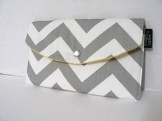 Grey Chevron - With Yellow Lining - Full Size Clutch. perfect to go in the matching diaper bag so you don't have to carry around a purse too. Chevron Purse, Yellow Chevron, Grey Yellow, Best Bridesmaid Gifts, Bridesmaids, Friendship Gifts, Cute Bags, Stripes, Purses