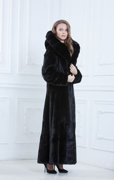 Black mink fur coat | Furs