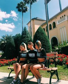 """1,432 mentions J'aime, 5 commentaires - Est. July 11, 2015 (@cheeryonce) sur Instagram: """"Looking forward... to worlds 👑💍"""""""