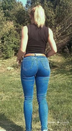jeanstight-jeans - Curvy Jeans for women - Ideas of Curvy Jeans for women Sexy Jeans, Superenge Jeans, Curvy Jeans, Skinny Jeans, Hollister Jeans, Cowgirl Jeans, Leggings, Tights, Vaquera Sexy