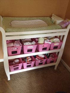Changing table organized with dollar tree bins and chalkboard labels :) all… Baby Storage, Nursery Storage, Storage Bins, Changing Table Organization, Nursery Organization, Baby E, Mom And Baby, Baby Bedroom, Baby Boy Rooms