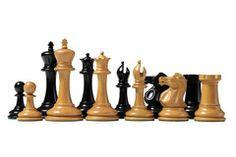 Howard Staunton Antiqued Chessmen www.officialstaunton.com