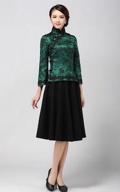 Green Robe . Classic Elegant Cheongsam Top Chinese Style Green