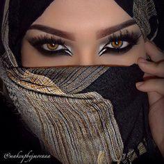 Metallic Mystique // Hijab Beauty Inspiration