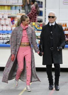 Cara Delevingne e Karl Lagerfeld Cara Delevingne, Karl Lagerfeld, Moscow, Magazines, Pink, Chanel, Inspire, Stylish, Illustration