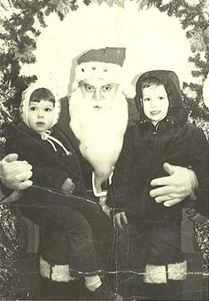 Here are some creepy vintage Santa Claus photos sure to put trauma in your stocking this year. These incredibly creepy Santas don't care if . Santas Vintage, Creepy Vintage, Vintage Santa Claus, Santa Claus Photos, Santa Pictures, Creepy Pictures, Vintage Christmas Photos, Holiday Photos, Vintage Holiday