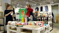 http://yle.fi/uutiset/kivijalkakaupat_kiinnostavat_jalleen__nettikaupassa_ei_voi_hypistella_vaatteita_tai_hengailla_kavereiden_kanssa/8778101