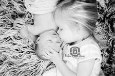 Newborn sibling photography  Edwin & Joyce Ormeo Photography www.edwinandjoyce.com www.facebook.com/edwinormeophotography