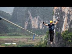 World's most daredevil highline crossing | Amazing Web