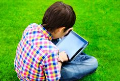 6 Reasons To Try Mobile Devices In The Classroom #ipadchat #mLearning