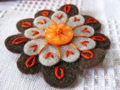 Felt Flower Key Chain tutorial
