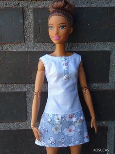 Dress and t-shirt for Barbie and Poppy Parker dolls Sewing Barbie Clothes, Barbie Sewing Patterns, Clothing Patterns, Diy Clothes, Barbie Gowns, Barbie Dress, Barbie Fashionista, Barbie Accessories, Doll Costume