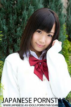Ami Hyakutake is a japanese av idol born in Chiba on 14.2.1994.