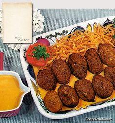 Frikadelles with Tomato Sauce / Frikadeller med Tomatsaus