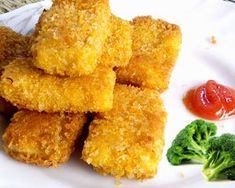 Resep Nugget Ayam untuk anak A Food, Good Food, Food And Drink, Kids Meals, Easy Meals, Baked Chicken Nuggets, Malay Food, Nuggets Recipe, Asian Recipes