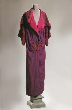 Poiret evening coat, c.1911. From the Doyle couture auction, November 1999.