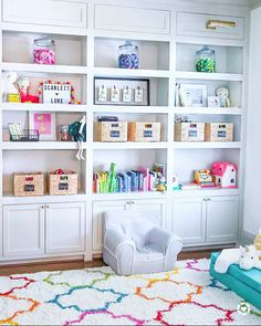 30 Cool Kids Playroom Design Ideas With Genius Storage To Try Asap Loft Playroom, Playroom Organization, Playroom Design, Playroom Decor, Playroom Ideas, Kids Playroom Storage, Colorful Playroom, Kids Playroom Colors, Kids Playroom Rugs