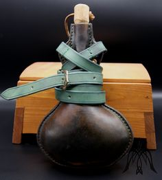 Leather flask l Cowhide Leather, Leather Craft, Flask, Medieval, Belt, Handmade, Belts, Leather Crafts, Hand Made
