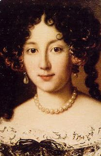 Marie de' Medici's daughter, now a widow, fell on hard times and was forced to sell the pearl earrings to  her nephew, the French King Louis XIV (1638-1714) in 1657. Louise gave them to Marie Mancini (1639-1715) as a gift of his love. He would not marry her but her name would forever be associated with Marie de' Medici's pearls, seen in this portrait wearing them.