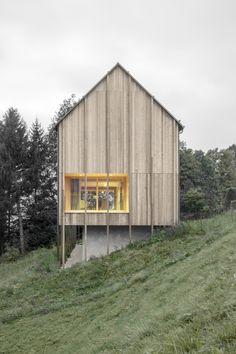 Bernardo Bader - House in Stürcher forest, Laterns 2016. Photos © Bernardo Bader. [[MORE]]