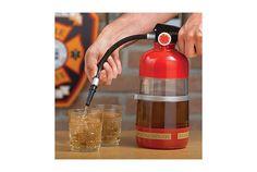 渇きを消そう! 消火器型ドリンクディスペンサー | roomie(ルーミー)