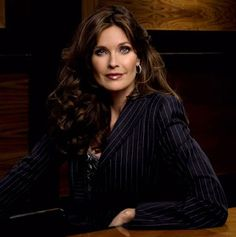 I couldn't resist adding one more shot of Carol Alt . Here she is in a pinstripe blazer, which only goes to show that she loo. Carol Alt, Reality Tv Shows, Style Icons, Supermodels, Style Me, Actresses, Actors, Lady, Beauty