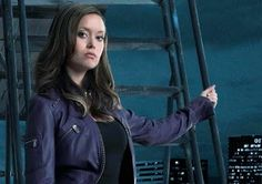 Summer Glau in cool photo shoot session of metropolitan city beauty on wonderful night darkness.