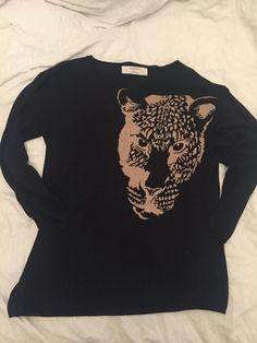 Pull noir Zara tête de leopard Zara ! Taille 38 / 10 / M, Pull-overs  à seulement 12.00 €. Par ici : http://www.vinted.fr/mode-femmes/pull-overs/22724680-pull-noir-zara-tete-de-leopard.