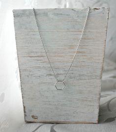 *hexagon* versilberte Halskette von Mint Design auf DaWanda.com
