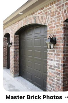 Garage Door Colors, Garage Door Design, Exterior Paint Colors For House, Garage Doors, Kingston House, Creole Cottage, Brick Arch, Brick And Stone, House Roof