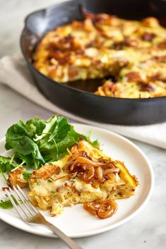 It& a classic frittata meets French onion soup mash-up that is dressed to impress. Egg Recipes, Diet Recipes, Cooking Recipes, Dessert Recipes, Cookie Desserts, Cooking Ideas, Chicken Recipes, Easy Dinner Recipes, Gourmet