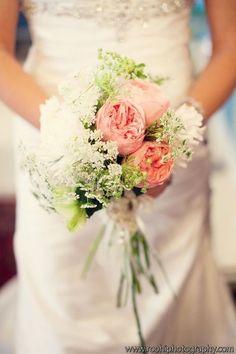 beautiful white wedding dress & wedding bouquet - pink rose & little white flowers