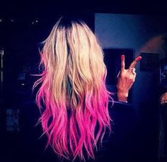 pink ombre hair .... i want this