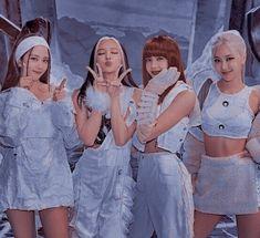Black Pink Songs, Black Pink Kpop, Kpop Girl Groups, Kpop Girls, Christopher Evans, Blackpink Poster, Black Pink Dance Practice, Blackpink Funny, Mode Kpop