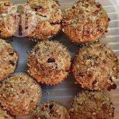 Muffins à l'avoine et aux pépites de chocolat @ qc.allrecipes.ca Allrecipes, Matins, Food And Drink, Cupcakes, Parfait, Breakfast, Succulents, Sweet Bread, Kitchens