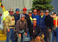Mohawk Ironworkers Help Raise Spire for Freedom Tower at One World Trade Center - ICTMN.com