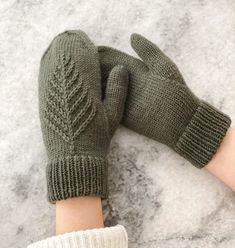 Spruce Mittens Knitting Pattern by Originally Lovely Knitted Mittens Pattern, Knit Mittens, Knitting Socks, Knitting Needles, Hand Knitting, Knitting Patterns, Crochet Patterns, Knitting Blogs, Knitting Ideas