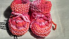 Ravelry: MonsterYarns' Baby Booties with Cable Pattern